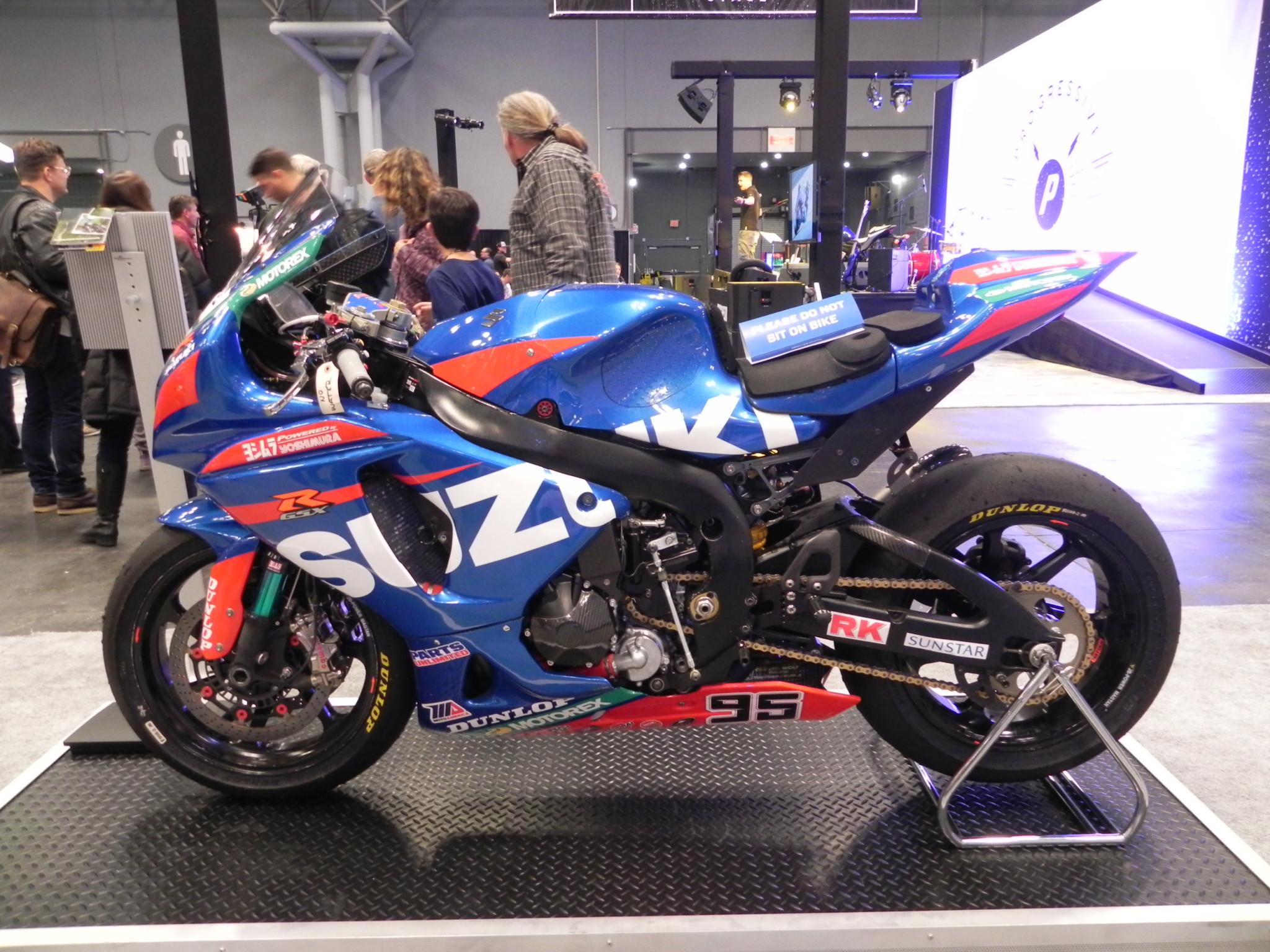 suzuki-race-bike | Motorcycle Product Reviews News Events Tech